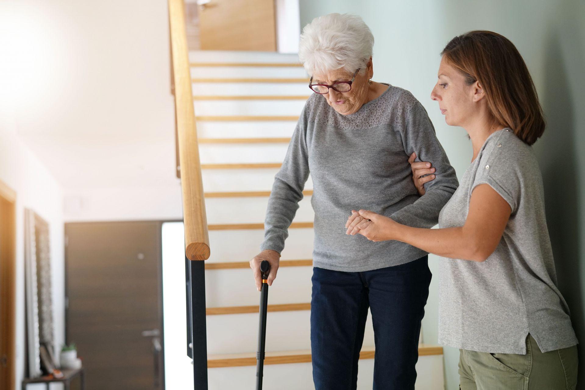 adobestock 180542036 min - 24-Stunden-Betreuung: SHD Seniorenhilfe vereinfacht die Abläufe
