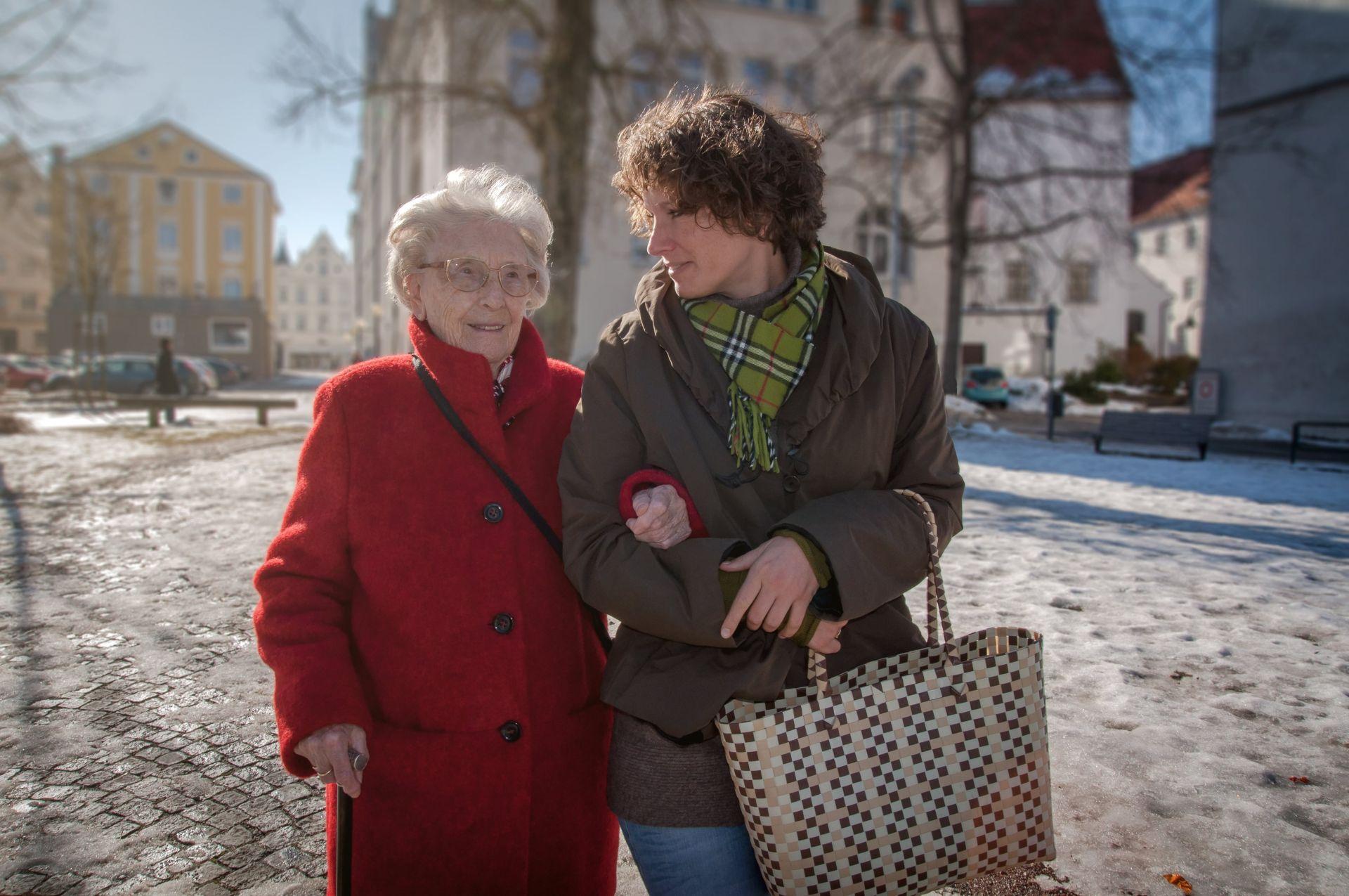 24-h-Seniorenbetreuung in eigenen vier wänden