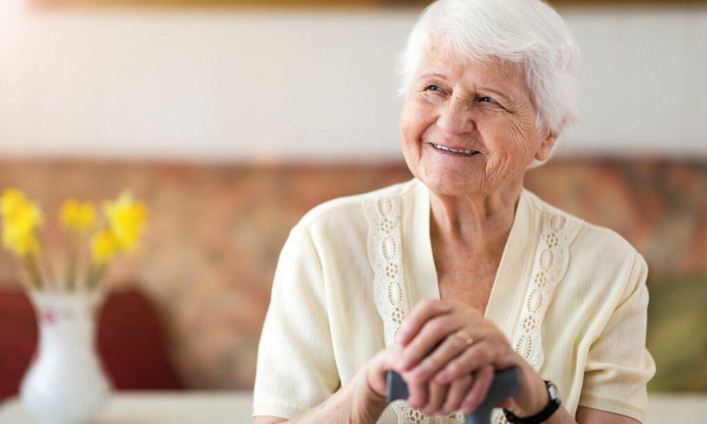 portrait of an elderly woman min